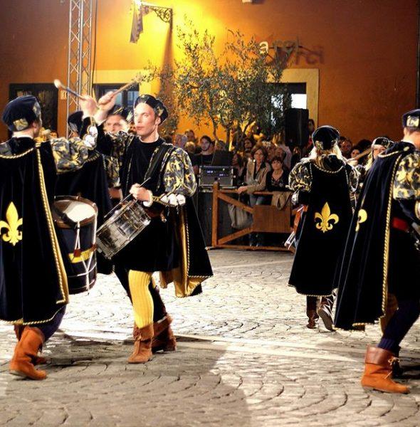 Palio dei Borgia è festa a Nepi (VT) con dame e cavalieri