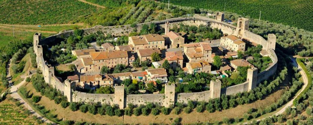 Agriturismi Siena | Borgo fortificato di Monteriggioni